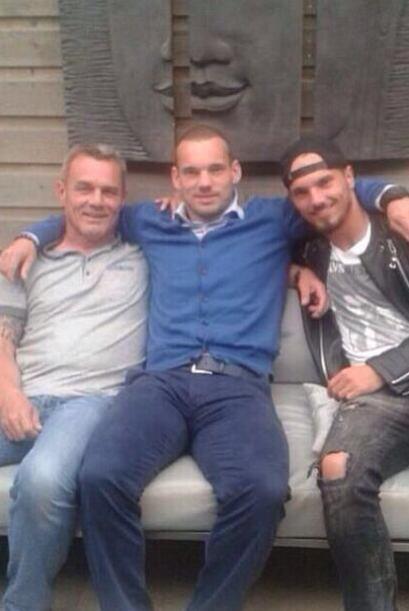 Wesley Sneijder colgó en Twitter esta foto el día de la Final del Mundia...