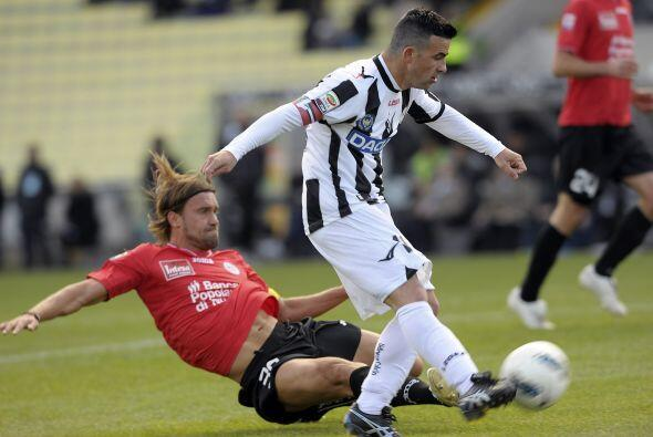 El 'Toto' sigue en gran momento con el Udinese y lo demostró ante el Nov...