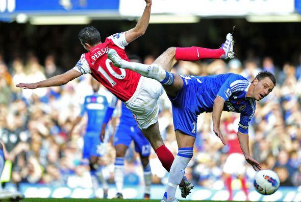 Y volviendo a Inglaterra, Arsenal y Chelsea dieron una muestra de buen f...