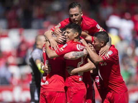 Con dedicatoria para Cruz Azul, América vence 1-0 a Santos 20171119-4278...