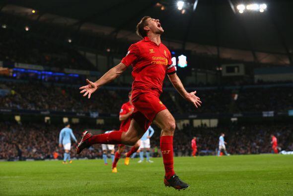 El eterno capitán de los 'Reds', Steven Gerrard, ponía el 1-2.