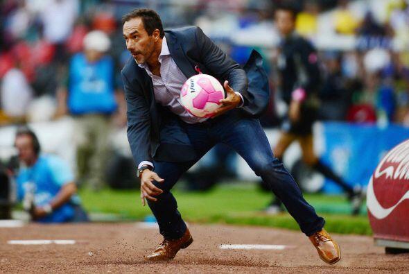Gustavo Matosas nació el 25 de mayo de 1967 en Buenos Aires, Argentina,...