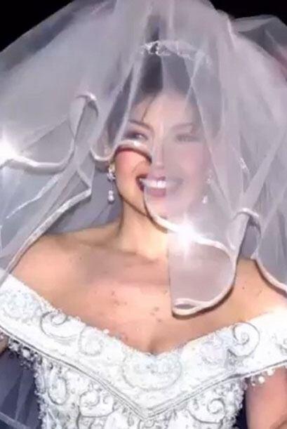 Y compartió algunas imágenes de su inolvidable boda hace 14 años.