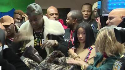 No solo protagoniza escándalos: Cardi B regala cientos de chaquetas para el invierno en Nueva York