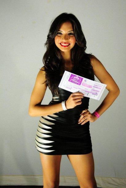 Seguimos con Neyra Alvarez una joven carismática y con mucho sabor.