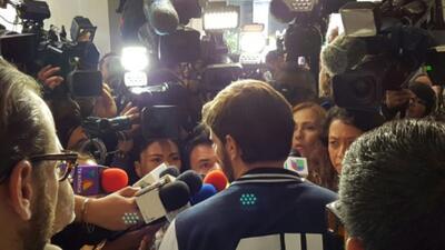 Julián Gil ofreció sus primeras impresiones a la prensa tras ver por pri...