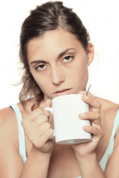 Seguramente  tu dieta es alta en sal por lo que promueves la retención d...