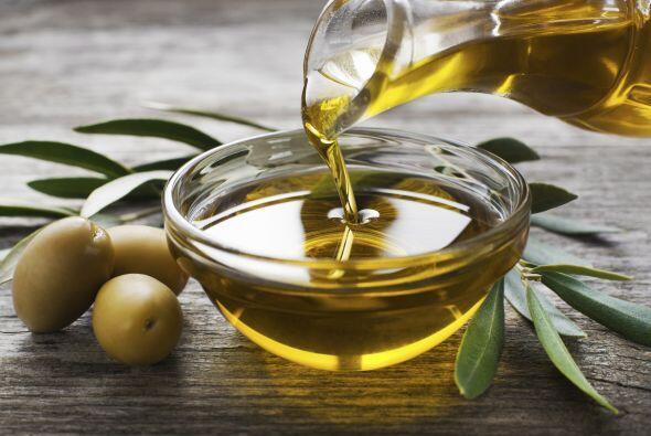Aceite de oliva. Un 'must' a la hora de cocinar al estilo mediterráneo....