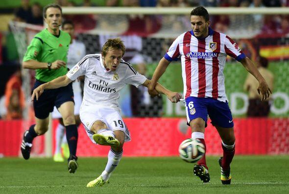 El Real Madrid trató de reaccionar sin éxito. Modric tomó las riendas de...