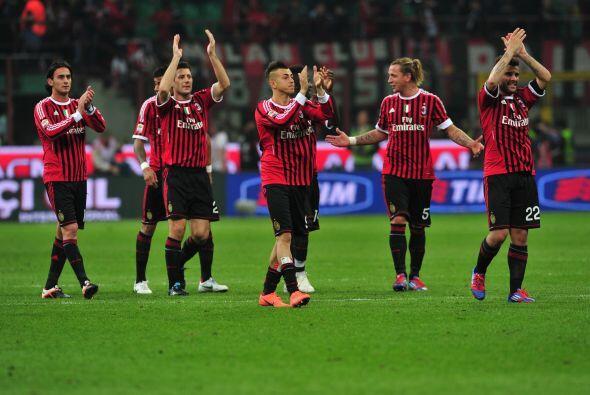 Milan parece estar dispuesto a conseguir el 'doblete' ya que es el últim...
