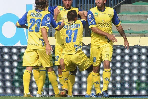 Y cuando se jugaba el tiempo de compensación, Davide Moscardelli marcó e...