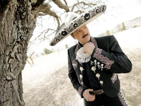 El talento y carisma mexicano se sentirá en nada menos en Va Por Ti.
