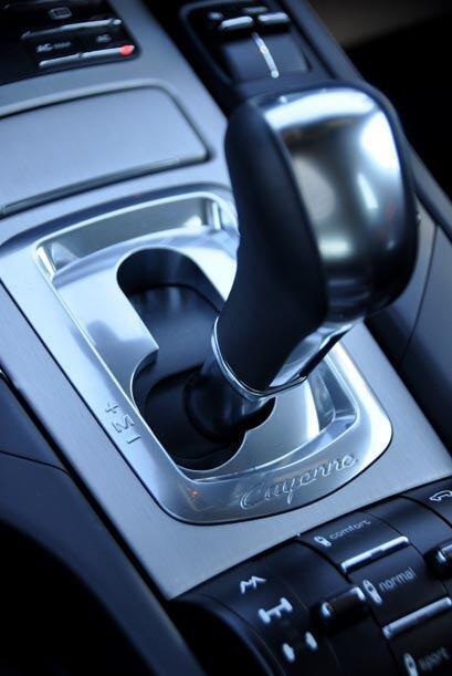 Esta versión de la Porsche Cayenne Turbo venía equipada con la transmisi...
