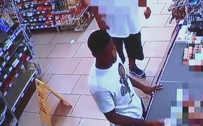 Giran una orden de arresto en contra de un joven de 17 años por asesinat...