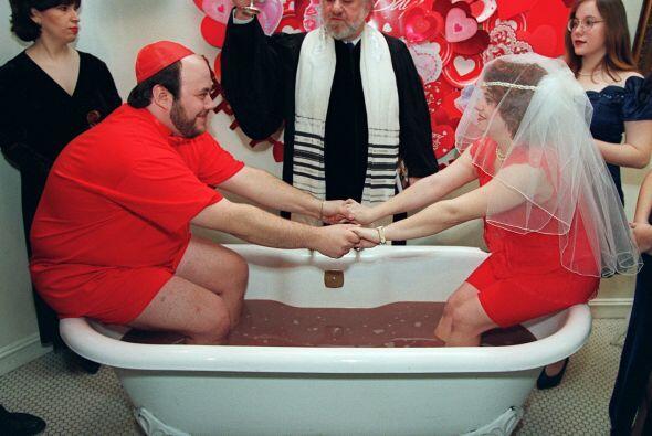 En esta boda temática de San Valentín, los enamorados eran tan fanáticos...