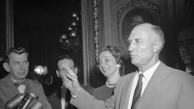 Históricos filibusteros: los senadores que más tiempo han hablado en el Congreso