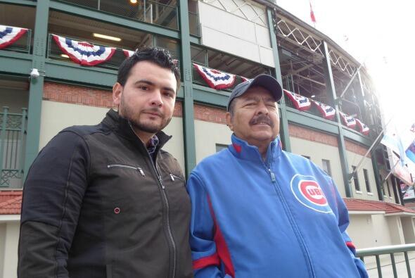 Fans de los Cubs comparten su sentir por el primer juego de la serie