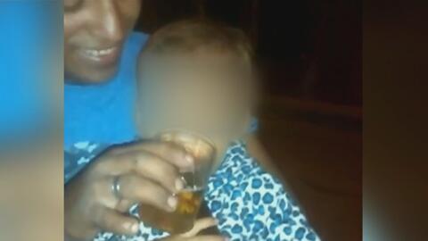 Denuncian con este video que un hombre daba cerveza al bebé de su pareja...
