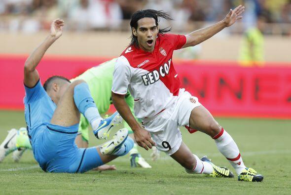 A sus 28 años tiene un récord de 217 goles y es delantero en el As Mónaco.