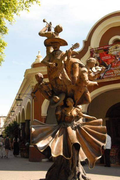 Tlaquepaque es el centro artesanal más grande de México.