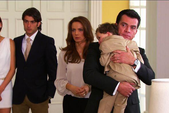 Como ves, tus maldades no lograron separar a Ana y Fernando.