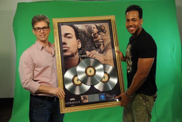 ¡Tremenda sorpresa se llevó Romeo Santos durante su ensayo en Premios Ju...