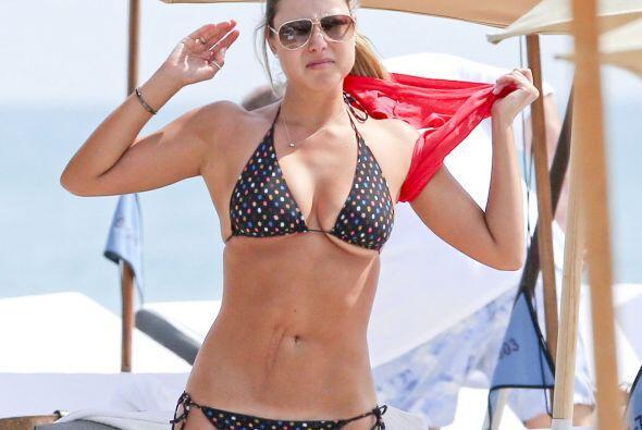 Vanessa encendió las playas de Miami.