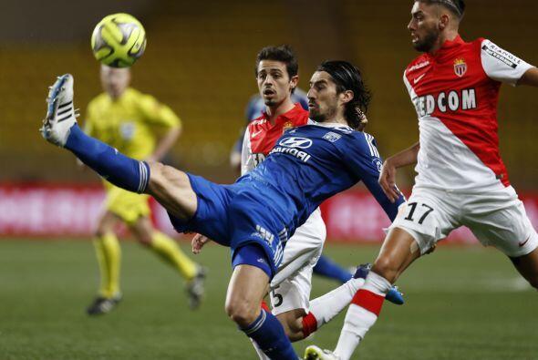 El PSG le ganó la batalla por el campeonato al OIympique de Lyon que se...