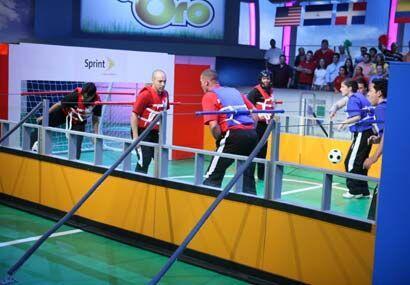 La adrenalina del futbolito humano regresó al Juego de Oro.