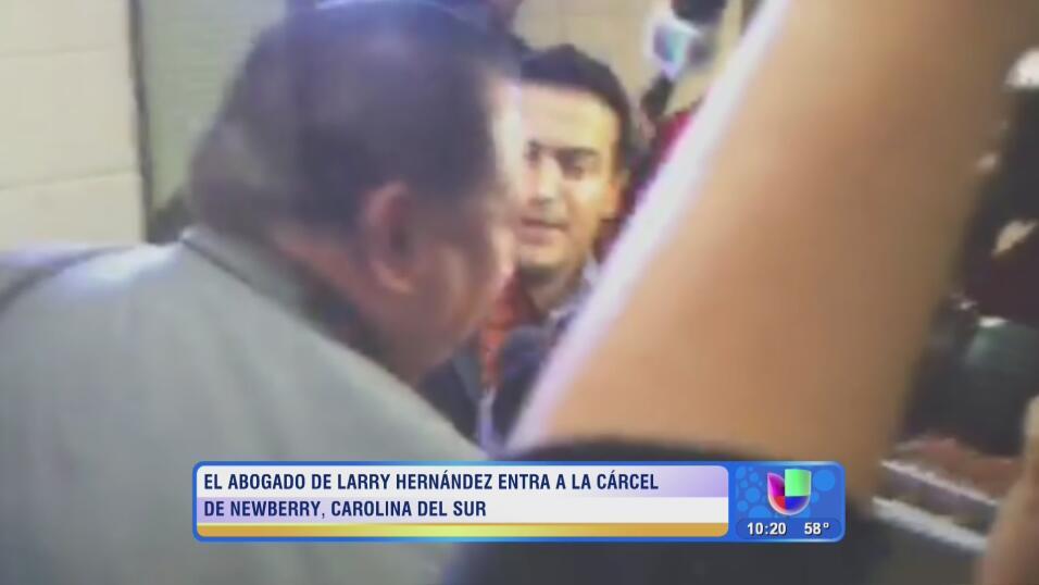 Larry Hernández