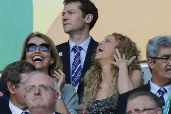 Y Shakira se sigue riendo y riendo... Todo sobre el Mundial de Brasil 2014.