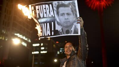 Recolectan firmas para mandar a juicio a Enrique Peña Nieto