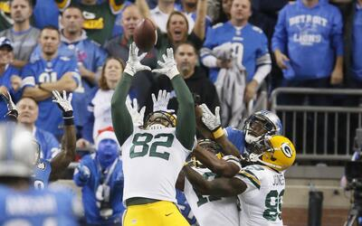 Packers 27-23 Lions: Le cae a Green Bay un triunfo del cielo (video)