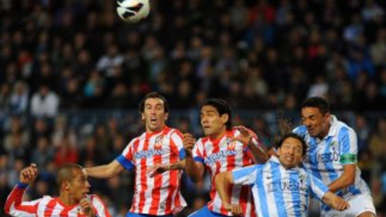 Pese a la superioridad de juego de los 'Colchoneros', el Málaga sacó el...