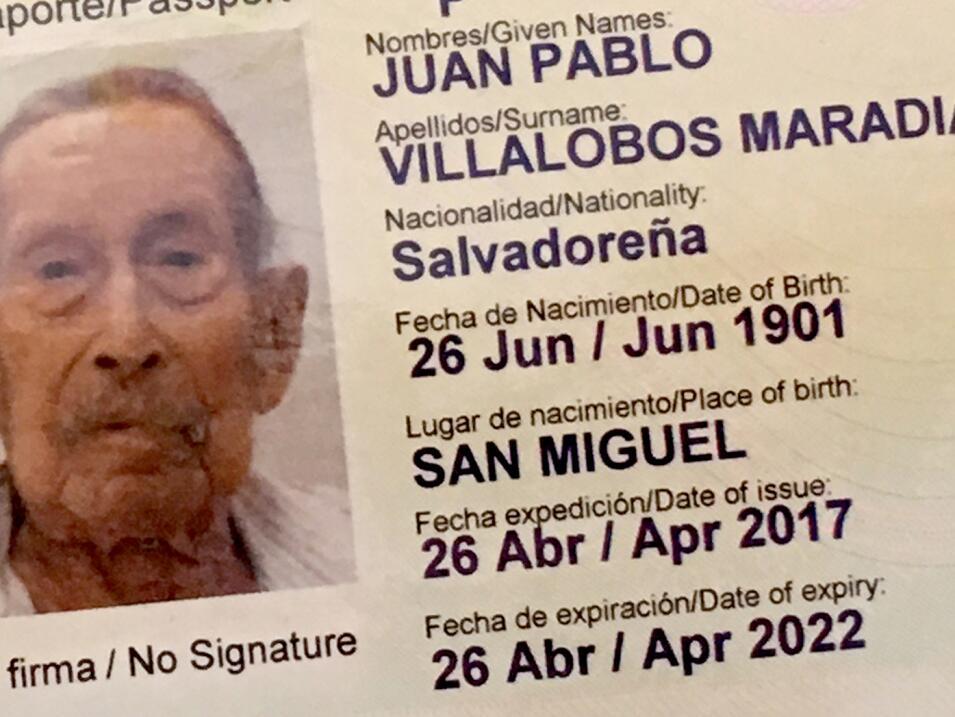 Juan Pablo nació el 26 de junio de 1901 en San Miguel, una ciudad del es...