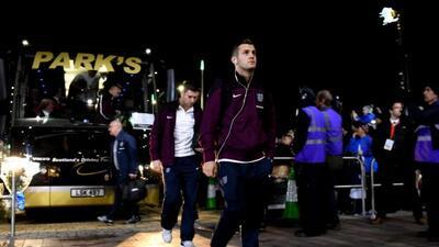 Jack Wilshere llegando al Celtic Park