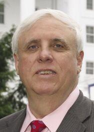 WEST VIRGINIA.  Con 1,600 millones en sus arcas, Jim Justice, fundador d...