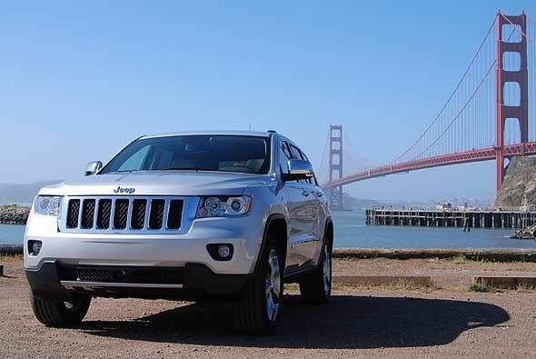 Jeep realmente sabe como hacer SUV's y vehículos de aventura. De hecho,...