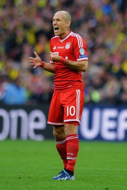 El holandés no estuvo fino en la primera parte, tuvo tres claras de gol...