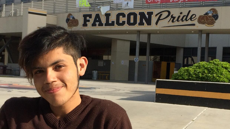 Omar Ramírez se propuso aprender inglés sin renunciar a su lengua matern...