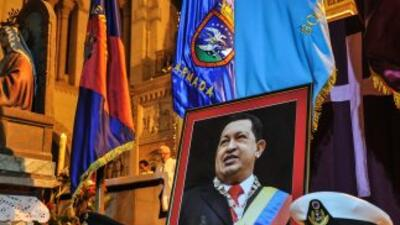 La salud de Hugo Chávez retrasaría la toma de posesión en enero.