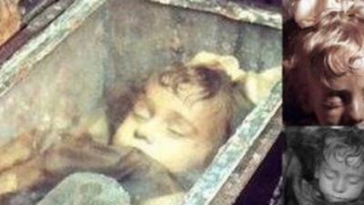 Niña momificada hace 94 años abre sus ojos!