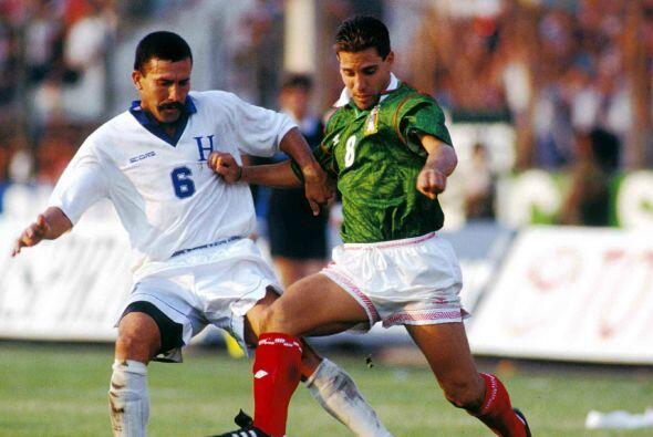 Esta garra y coraje fue la que le jugó en contra a Herrera, en un partid...