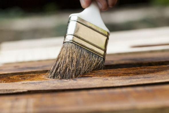 ¿Quieres pintar el exterior de tu casa? ¡No lo hagas en otoño! Aunque el...