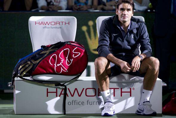 La derrota de Federer llegó en parte por sorpresa tras haber realizado u...