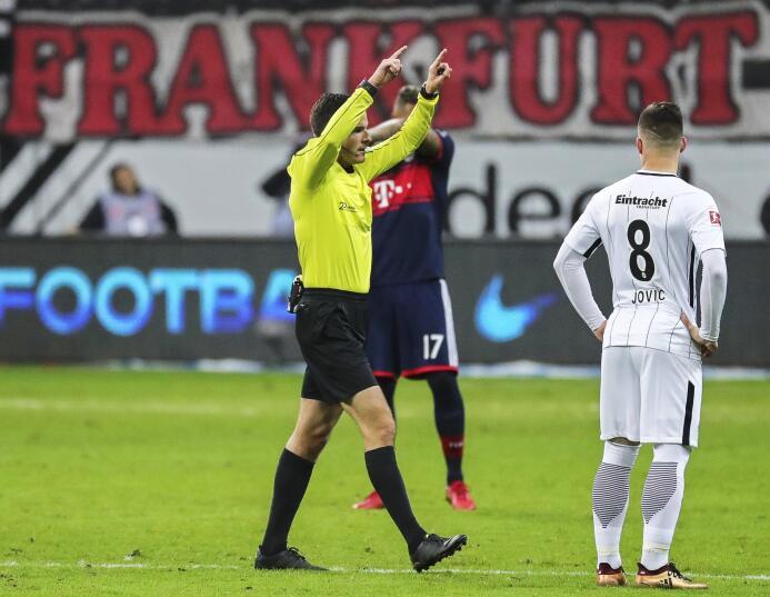 El Bayern superó al Frankfurt de Salcedo y se consagró campeón de invier...