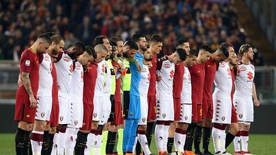 La Roma golea 3-0 al Torino con dedicatoria a Davide Astori
