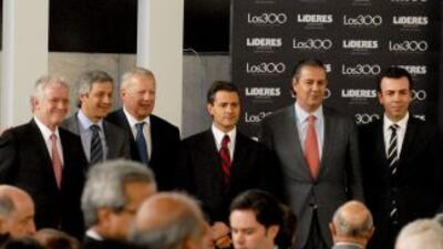En su reunión con líderes de México, el presidente electo Enrique Peña N...