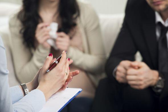 La comunicación es básica en una relación de pareja, debes aprender a co...