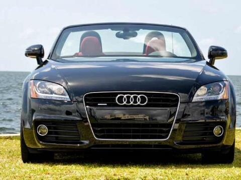 El Audi TT 2.0 S-Tronic Roadster 2011 está equipado con el motor...